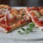 Waaas?! Das geht?! Pizzateig selbst gemacht! (+ Tricktipps)